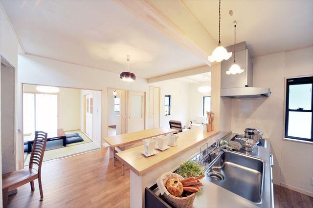 注文住宅で使い勝手のよいキッチンの収納を実現するポイント